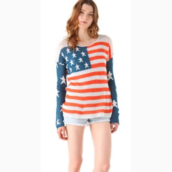 Wildfox Sweaters - Wildfox American flag sweater Sz M